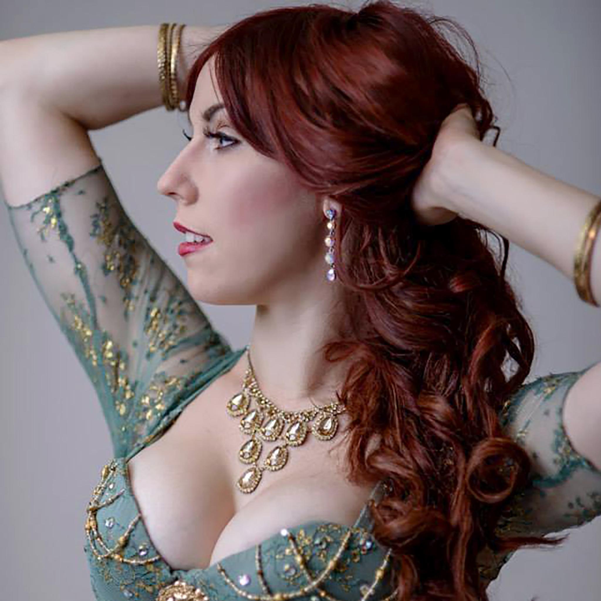 Elena Faye 2022